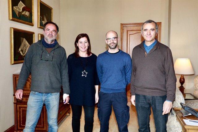Armengol con representantes de Muntanya del voltor
