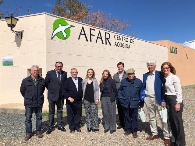 La alcaldesa de Alcalá de Guadaíra se reúne con la Asociación AFAR