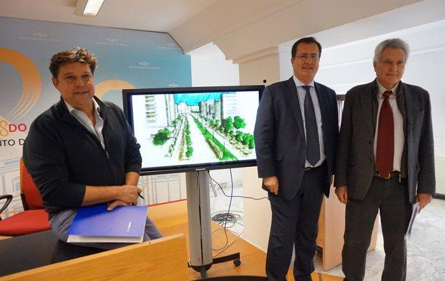 Juan Carlos Cabrera, en el centro, presenta el proyecto del metrocentro