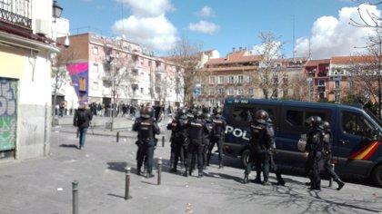 """Vecinos de Lavapiés apoyan actuación policial y piden al Ayuntamiento que """"no les pongan en punto de mira de violentos"""""""