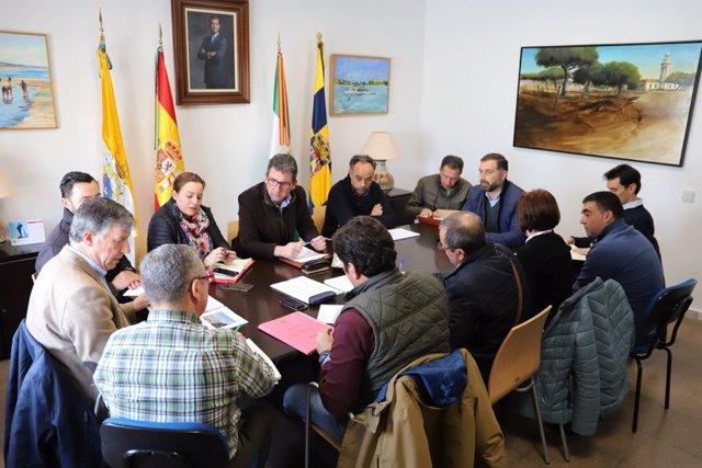 Los alcaldes de Moguer y Palos, Gustavo Cuéllar y Carmelo Romero.