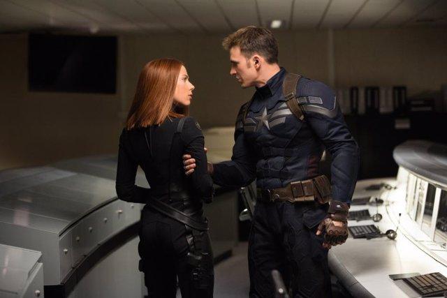 Capitán América Y Viuda Negra En Vengadores: Infinity War