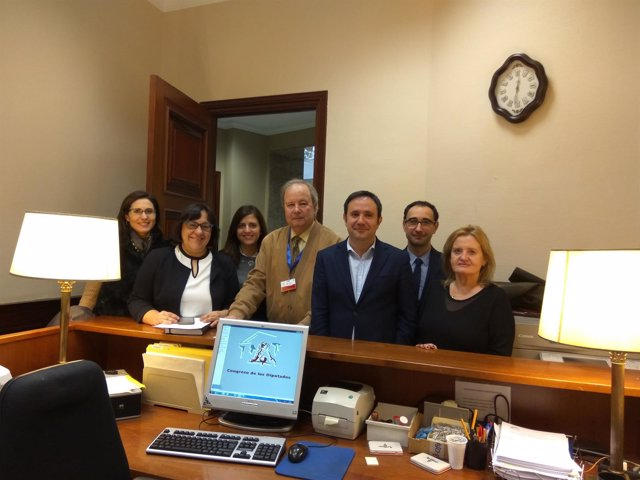 Diputados del PSOE registran PNL en el Congreso sobre el ferrocarril histórico