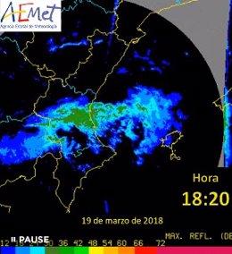 Paso de una banda de lluvias por València