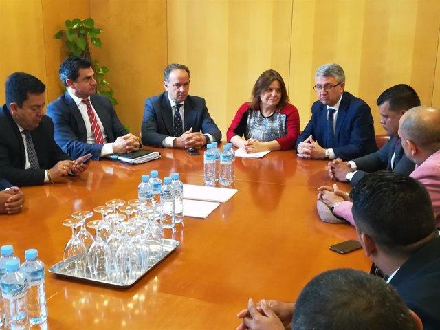 Reunión con la delegación colombiana