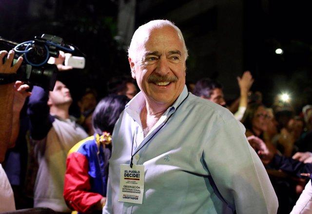 El ex presidente de Colombia Andrés Pastrana