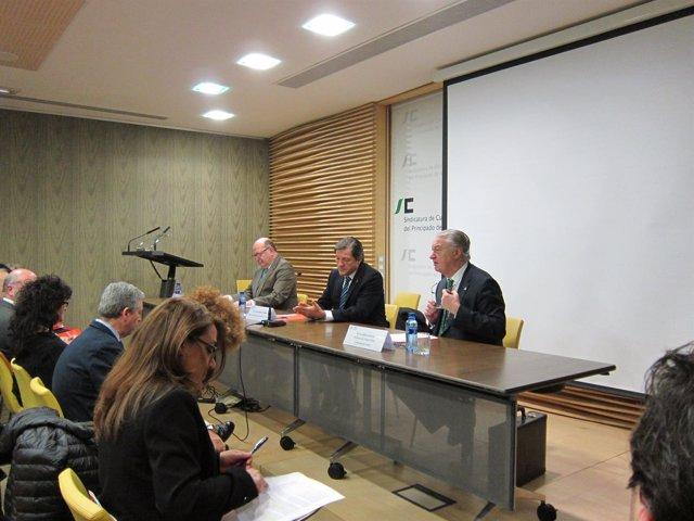 Inauguración de Jornada de los consejos sociales  y Tribunal Cuentas