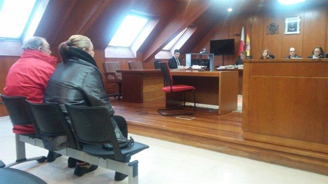 Electricista acusado junto con su mujer de estafar 300.000 € a Ayto Castro