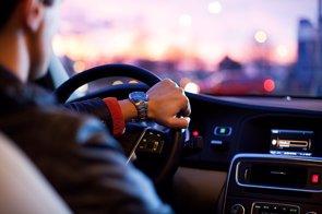 ¿Te vas de vacaciones de Semana Santa? 7 consejos para no tener problemas de vista al volante (PIXABAY - Archivo)