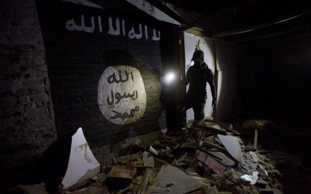 Estado Islámico expulsa al Ejército sirio de una zona de Damasco tras la retirada de los rebeldes