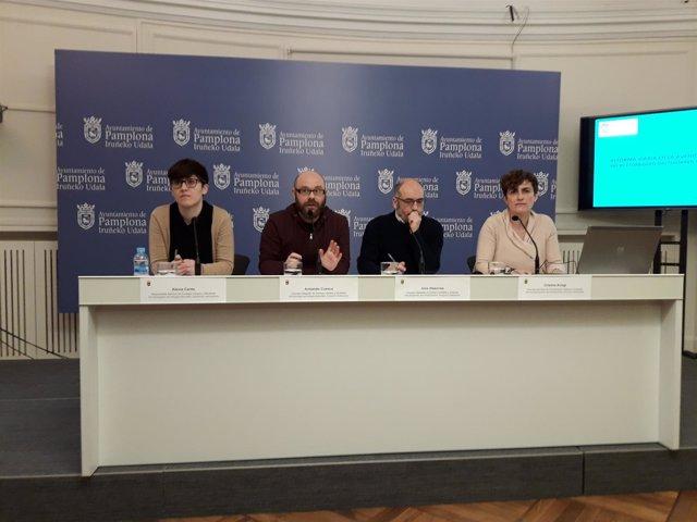 Alexia Canto, Armando Cuenca, Joxe Abaurrea y Cristina Arregi, rueda de prensa.