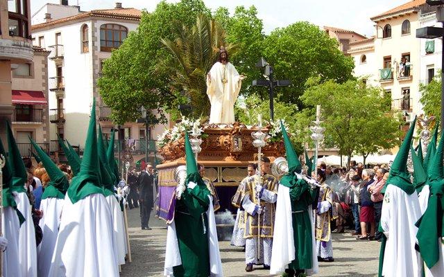 La provincia de Cáceres presenta esta Semana Santa una 'importante' oferta de turismo religioso