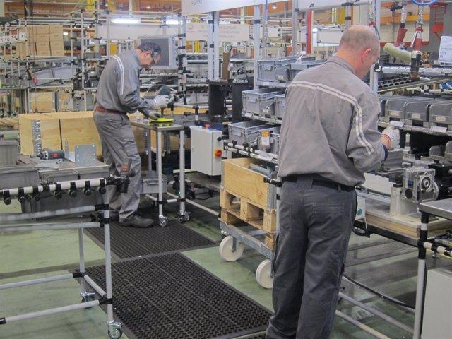 Trabajadores de una empresa exportadora