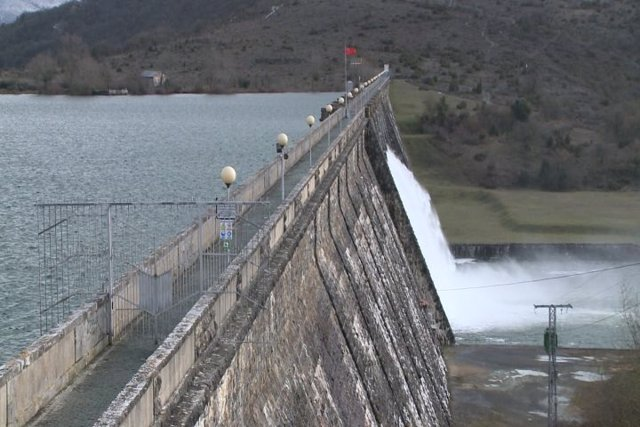 Embalse pantano Ullibarri