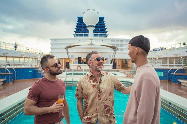 Crucero Open Sea Cruises x Axel