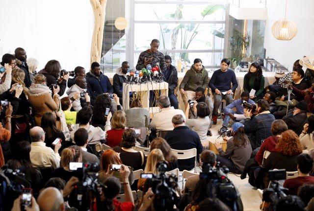 Rueda de prensa del Sindicato de Manteros y Lateros de Madrid