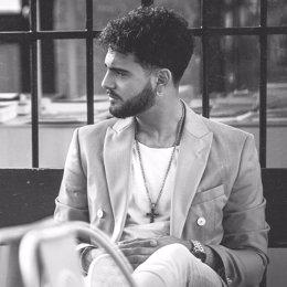 Manuel Cortés presenta su primer disco 'Algo de mí'