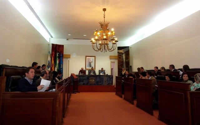 Pleno sobre el plan de concertación de la Diputación de Huelva.