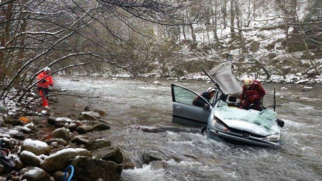 Accidente río Saja Los Tojos