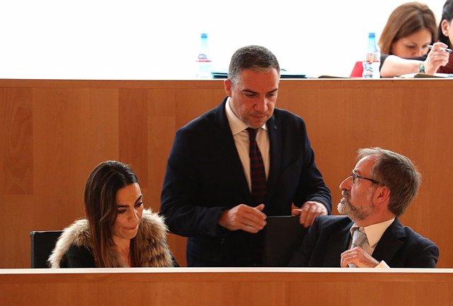 Elías Bendodo junto a los diputados de Cs en Diputación Sichar y Pardo