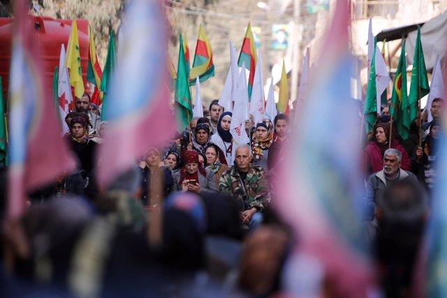 Foto de archivo de una manifestación kurda en Siria.
