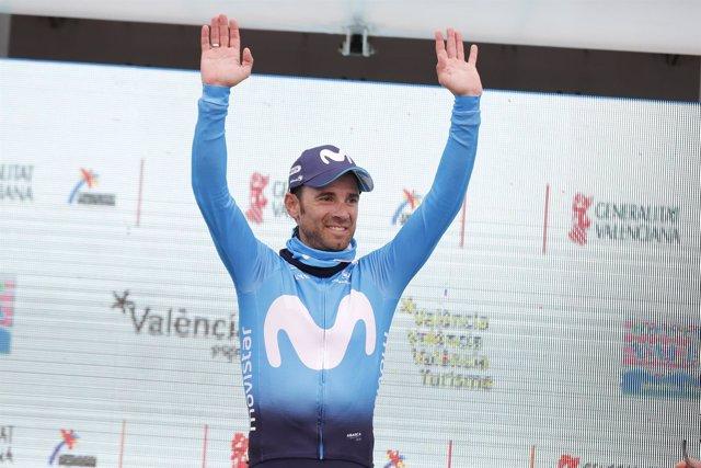 Valverde gana en Valencia su primera etapa tras la caída en el Tour