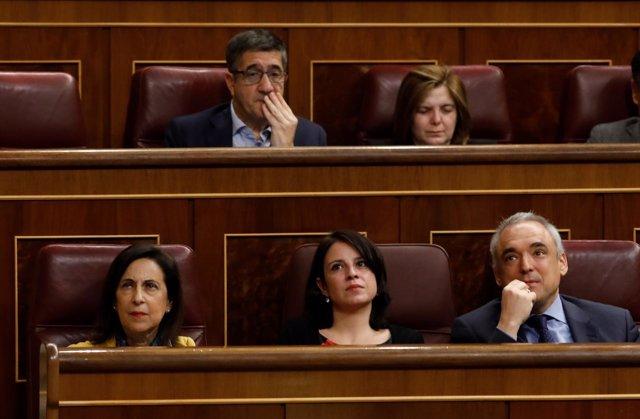 Margarita Robles, Adriana Lastra y Rafael Simancas, del PSOE