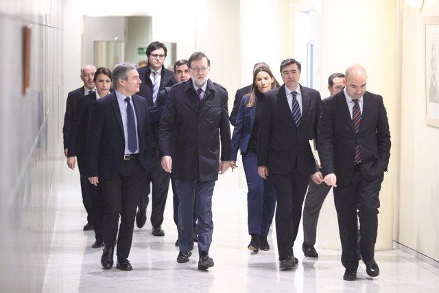 Rajoy sale del Congreso tras el debate y votación de la prisión permanente