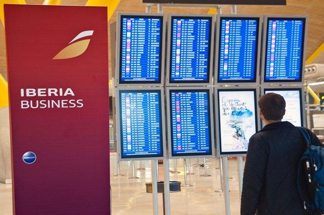 Imagen de la T4 de Barajas, facturación de Iberia
