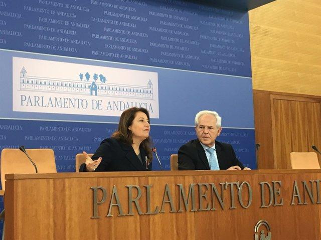 Carmen Crespo y José Antonio Miranda, del PP-A, en rueda de prensa