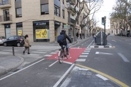 Carril bici en una calle de Valencia