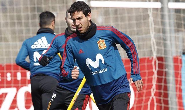 Dani Parejo entrenando con la selección
