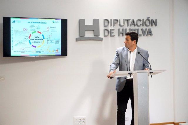 El diputado de Concertación, Ezequiel Ruiz, informa del presupuesto del área.