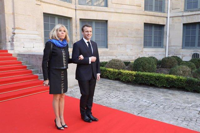 Emmanuel Macron y Briggite Trogneaux
