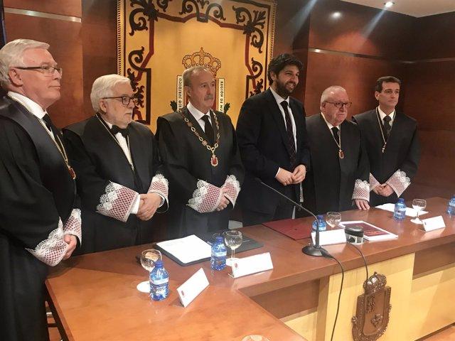 Presidente en el Consejo Jurídico