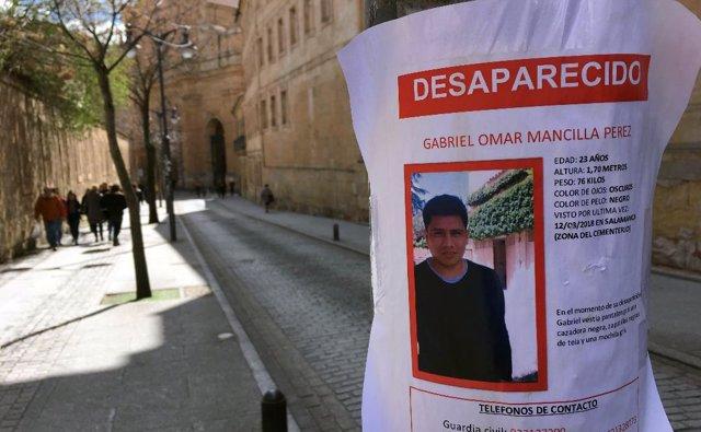 Cartel con el joven desaparecido en Salamanca