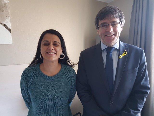 Anna Gabriel y Carles Puigdemont