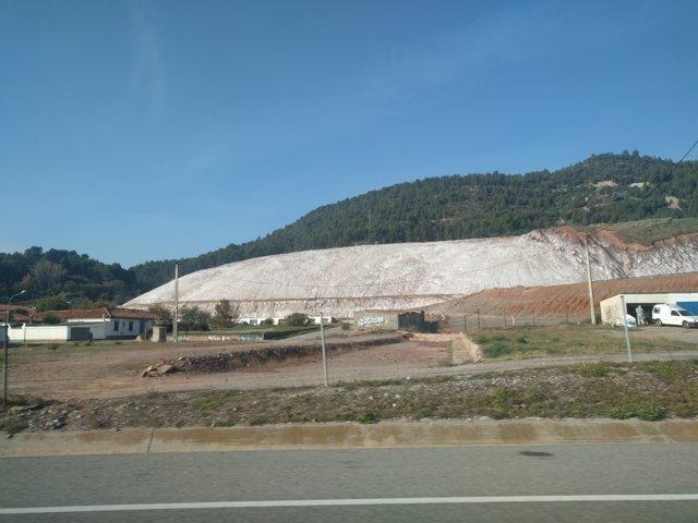 Dipòsit del Cogulló de residus de les mines d'Iberpotash a Sallent