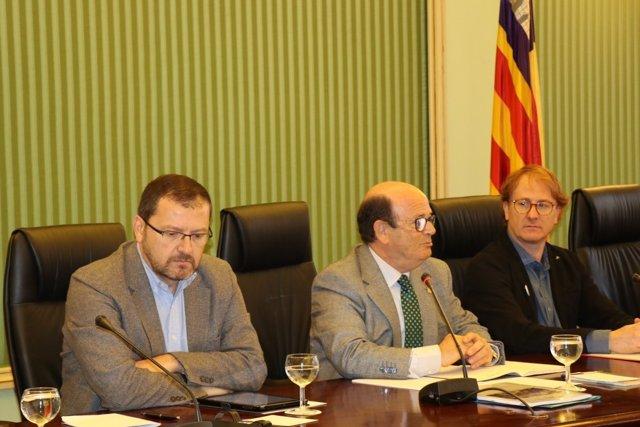 Los comparecientes en la comisión para eliminar los aforamientos