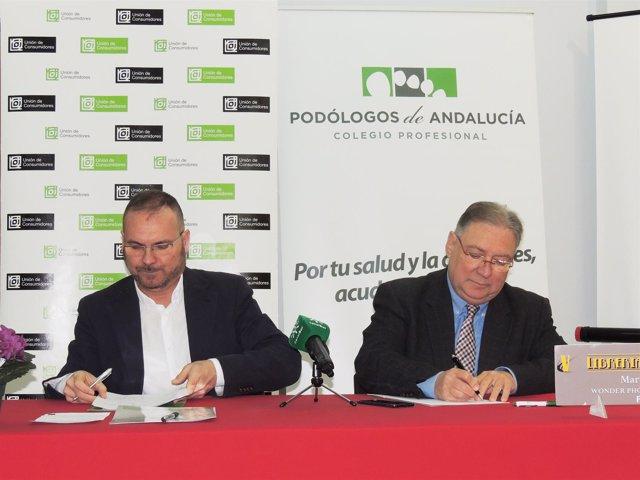 Convenio entre podólogos de Andalucía y consumidores