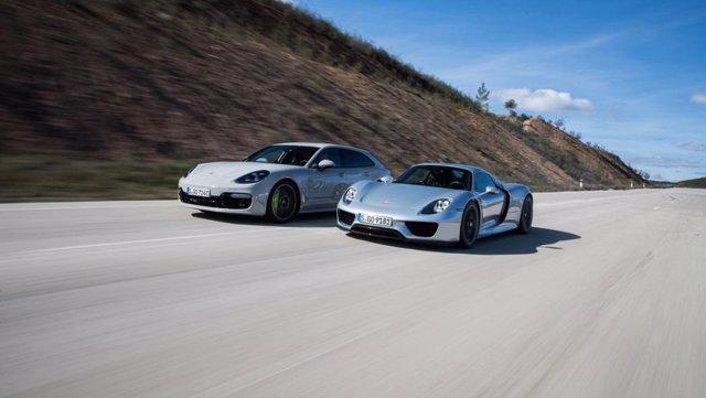 Porsche 918 Spyder y Panamera Turbo S E-Hybrid Sport Turismo