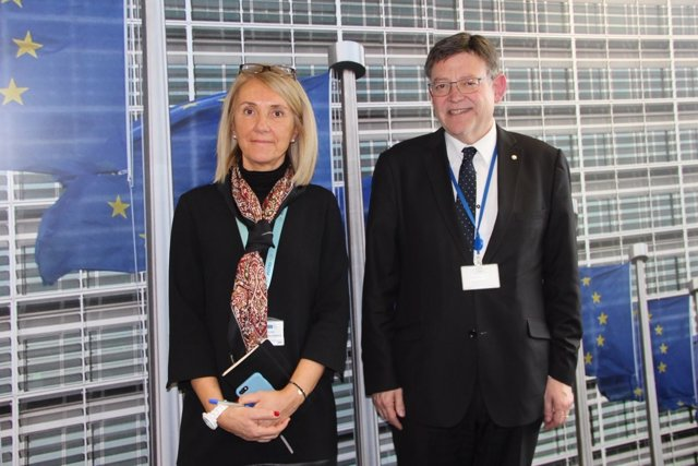 El 'president', junto a jefa de gabinete de Jean Claude-Junker