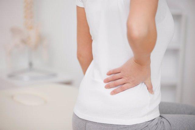 Hernia discal lumbar en la espalda