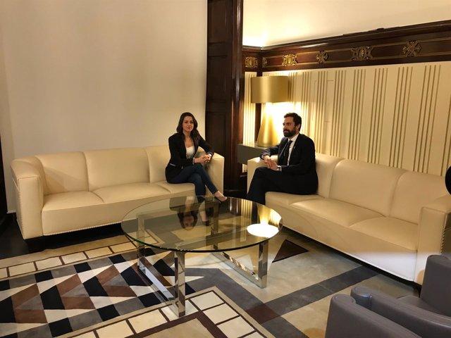 Inés Arrimadas y Roger Torrent