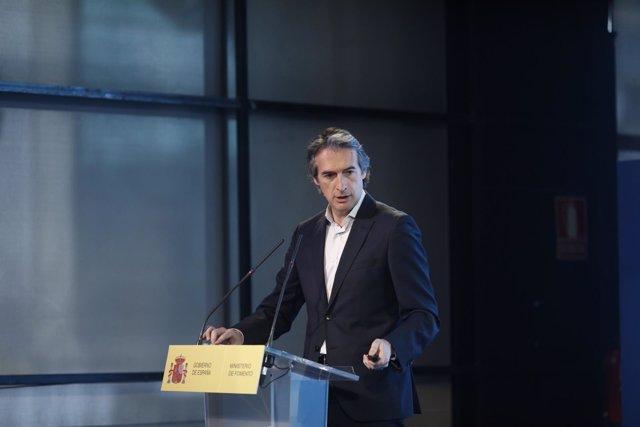 Iñigo de la Serna presenta el Plan Estratégico sobre drones