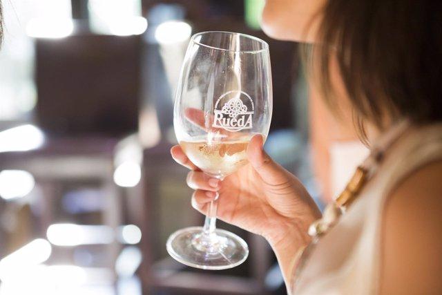 Copa de vino de DO Rueda