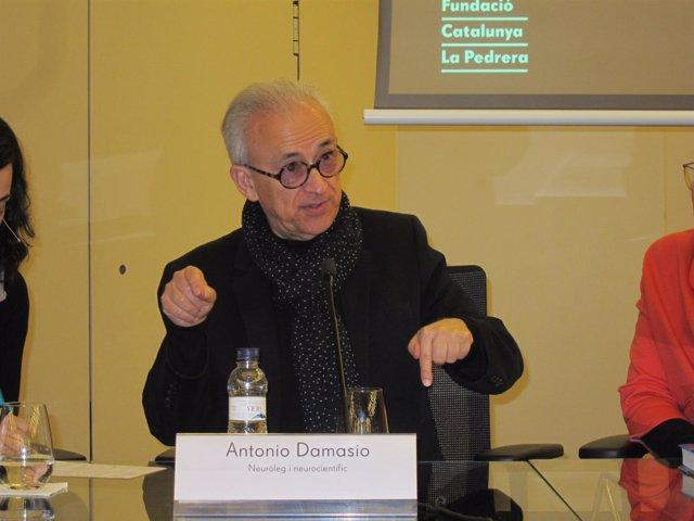 El neurólogo portugués Antonio Damasio