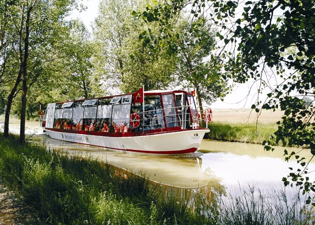 Barco Canal De Castilla