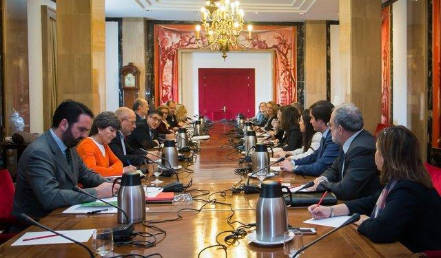 Reunión de la Fundación Luzón con los portavoces de la Comisión de Sanidad