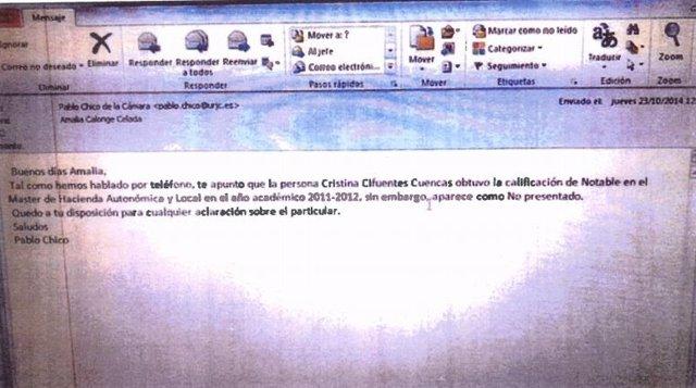 Correo electrónico aportado por Cifuentes sobre su titulación académica